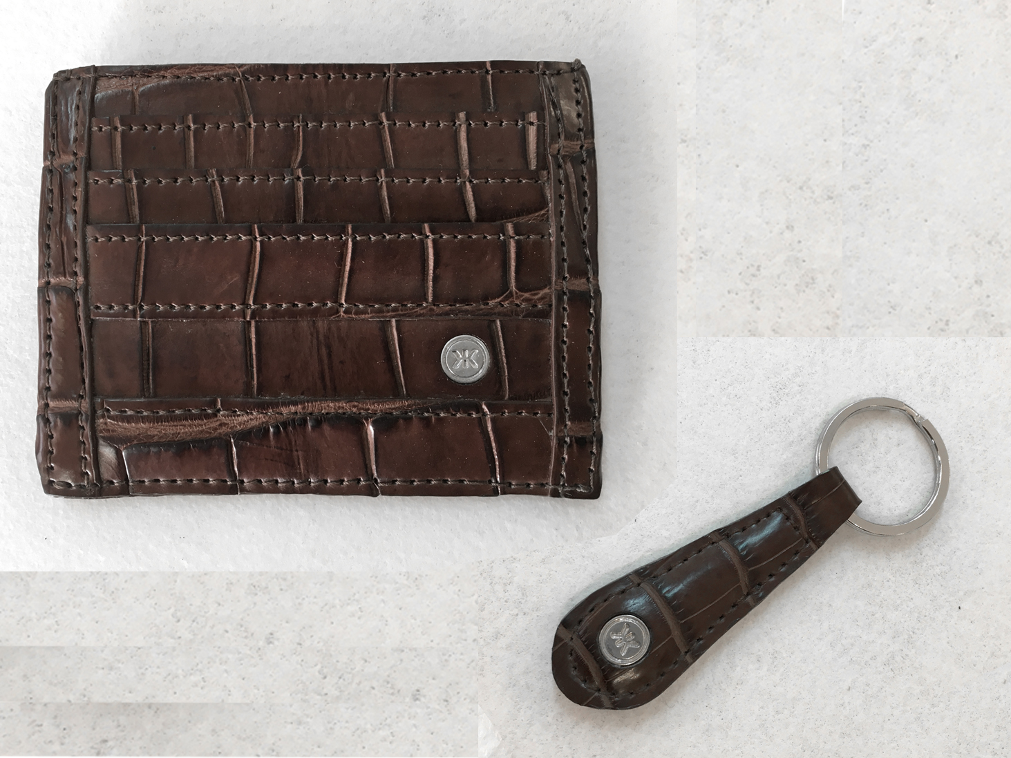 Crocodile key chain and wallet