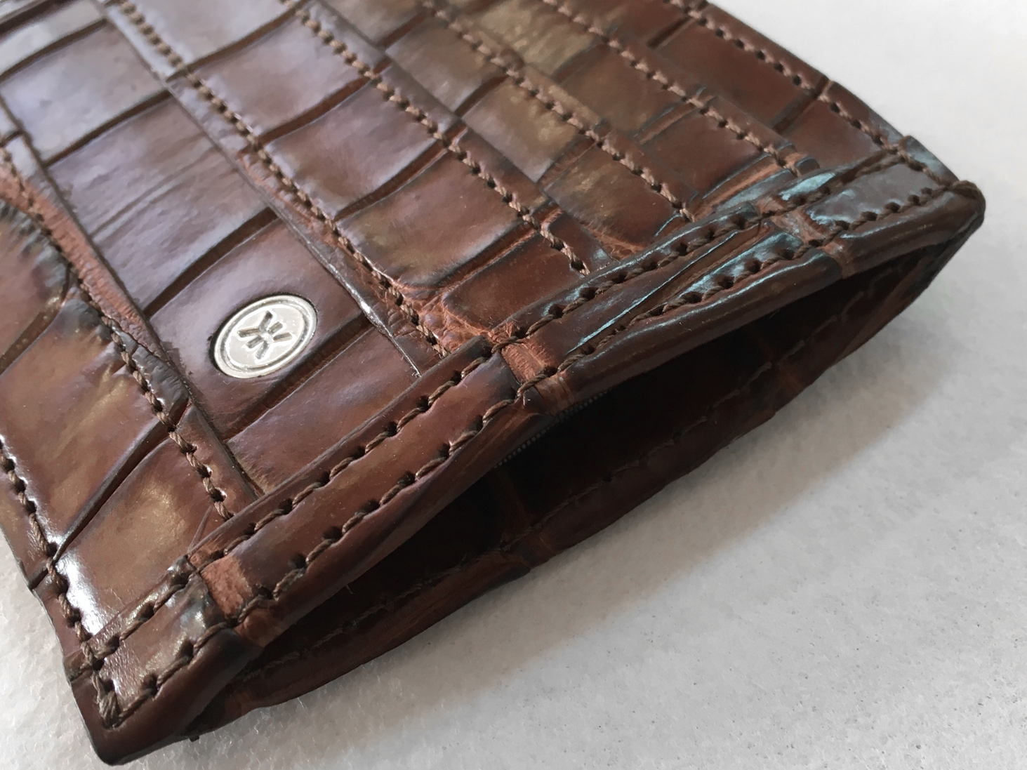 Crocodile wallet side
